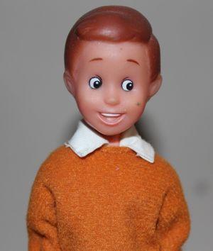 01 Voll original Mattel? Nein! Tommy (Pippi Langstrumpf von Simba)